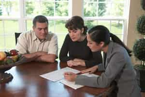 international moving company meeting with homeowners