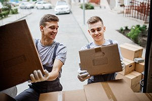 Why You Should Hire Professional Movers for Your Local Move