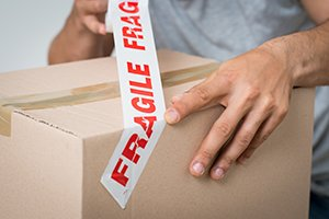 Three Packing Tips to Keep Your Fragile Items Safe During an International Move